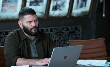 Should I Kill Him? - Scandal Season 7 Episode 1