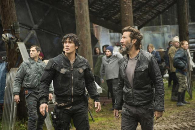 Chaos at Arkadia — The 100 Season 4 Episode 7