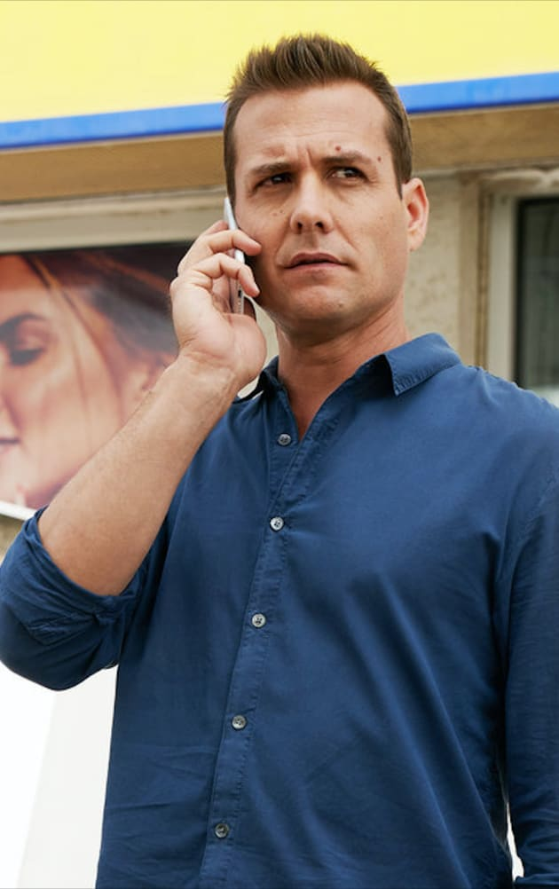 harvey on the phone suits season 9 episode 7 tv fanatic phone suits season 9 episode 7