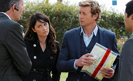 Jane and Lisbon on the Case