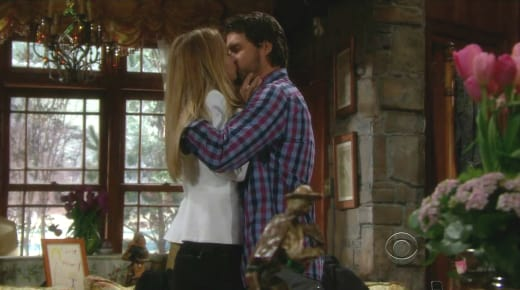 Sharon and Nick Kiss
