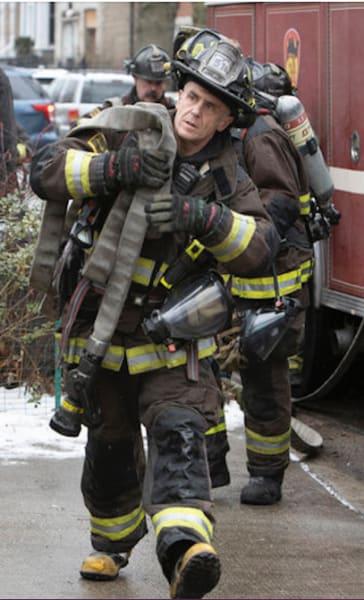 Herrmann carry - Chicago Fire Season 9 Episode 7