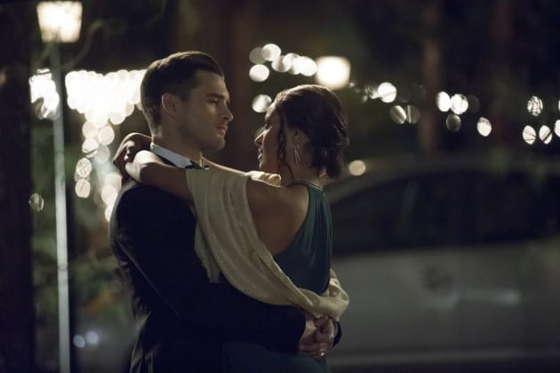Paris Is For Lovers - The Vampire Diaries Season 8 Episode 9