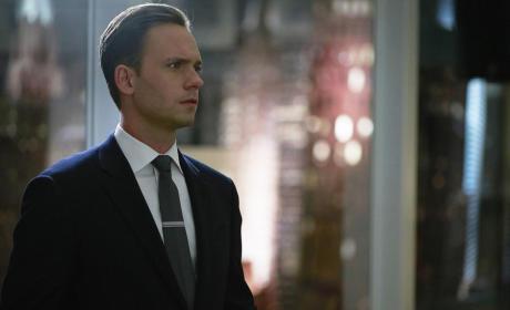 Nervous Mike - Suits Season 5 Episode 10