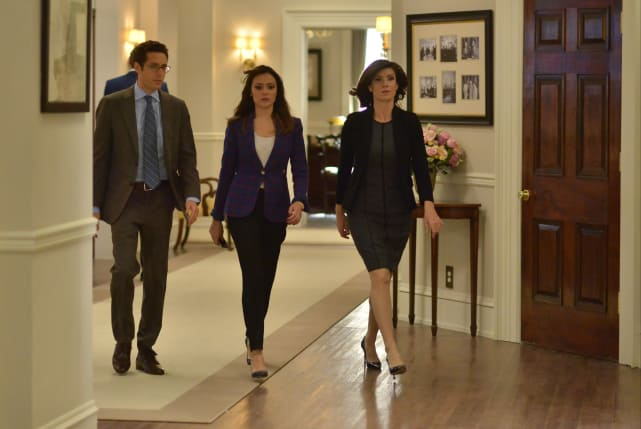 Power Struts - Designated Survivor Season 2 Episode 11