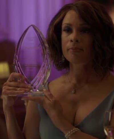 Artificial Bonding - Being Mary Jane Season 4 Episode 2