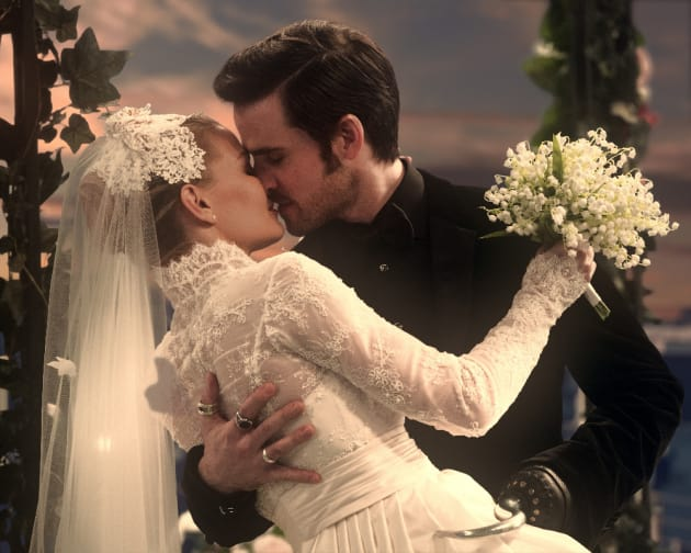 Captain Swan's First Married Kiss - Once Upon a Time Season 6 Episode 20