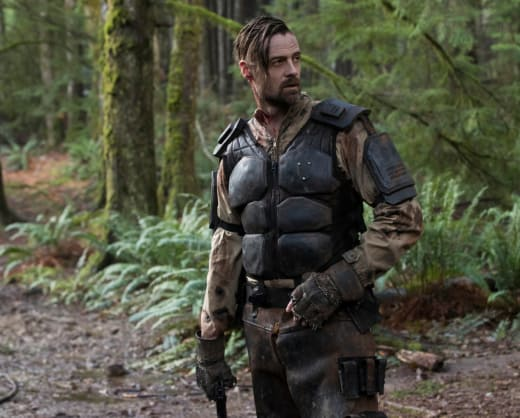 McCreary in The Woods - The 100 Season 5 Episode 10
