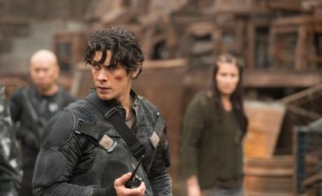 Bellamy's Past - The 100 Season 4 Episode 1