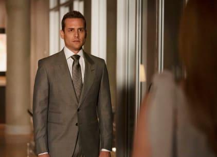 Watch Suits Season 9 Episode 8 Online