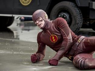 The Flash Season 1 Episode 21 Review: Grodd Lives - TV