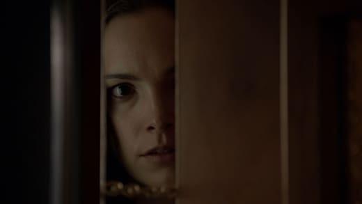 Don't Open the Door - Quarry Season 1 Episode 3