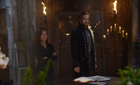 Coming Up with a Plan - Sleepy Hollow Season 2 Episode 1