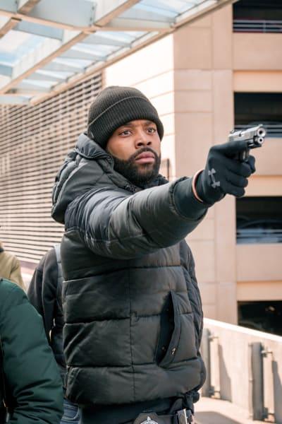 Freeze!  - Chicago PD Season 6 Episode 20
