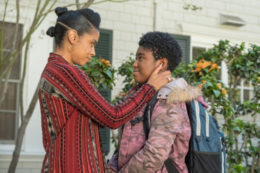 Beth Says Goodbye to Deja  - This Is Us Season 2 Episode 10