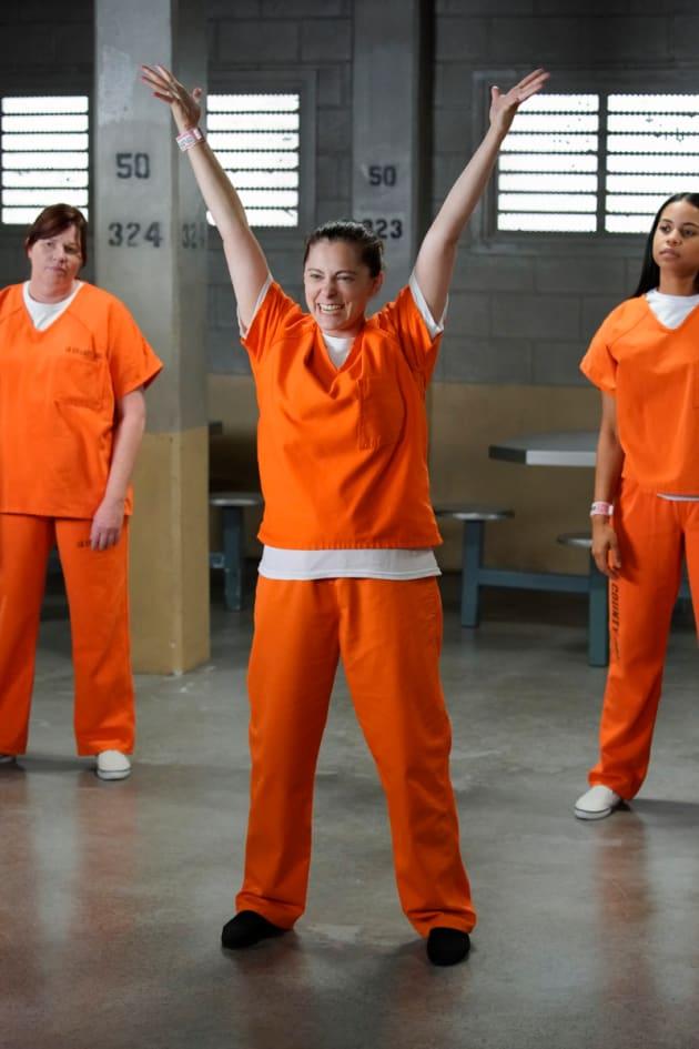 Dancing in Jail - Crazy Ex-Girlfriend Season 4 Episode 1