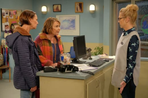Roseanne Helps Jackie - Roseanne Season 10 Episode 4