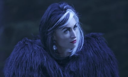 Once Upon a Time Preview: Queens Of Darkness, Hope For Rumbelle & Evil Emma?