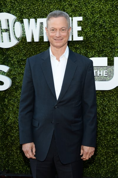 Gary Sinise Attends Event