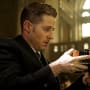 It's a bomb - Gotham Season 2 Episode 15