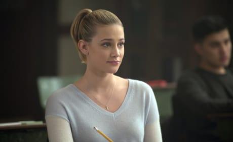 Head Of The Class - Riverdale Season 1 Episode 9