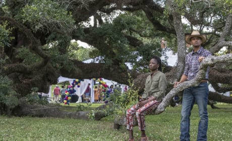Nova Leans on Remy - Queen Sugar Season 3 Episode 7