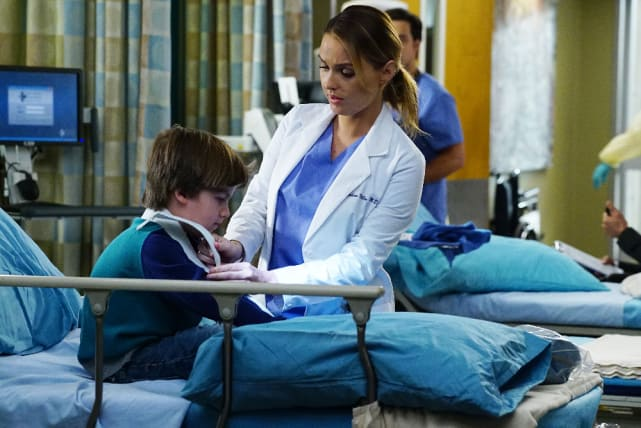 Jo and Pediatrics - Grey's Anatomy Season 13 Episode 17