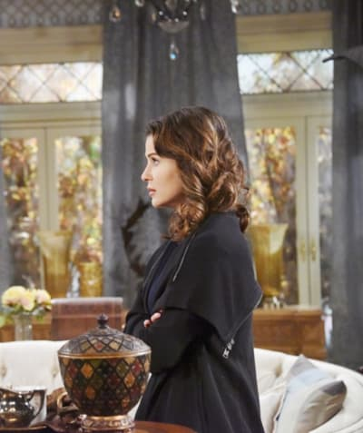(TALL) Sarah's Decision - Days of Our Lives