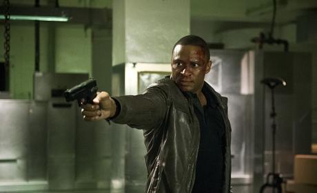 Trigger happy - Arrow Season 4 Episode 20