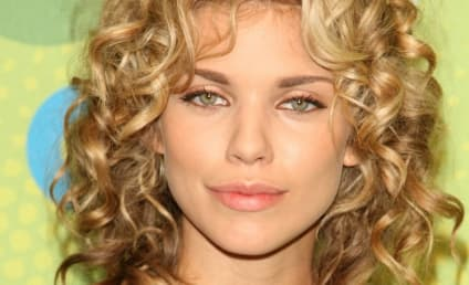 AnnaLynne McCord Gushes Over New 90210 Co-Star