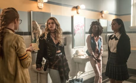 Girls Washroom - Riverdale Season 3 Episode 4