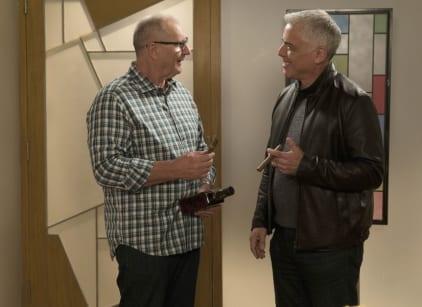 Watch Modern Family Season 7 Episode 19 Online