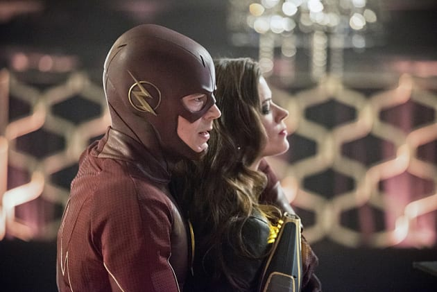 Out of Sequence? - The Flash Season 1 Episode 16