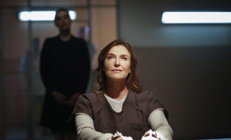 Lillian is Back - Supergirl Season 2 Episode 12