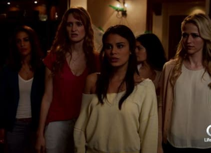 Watch UnREAL Season 1 Episode 7 Online