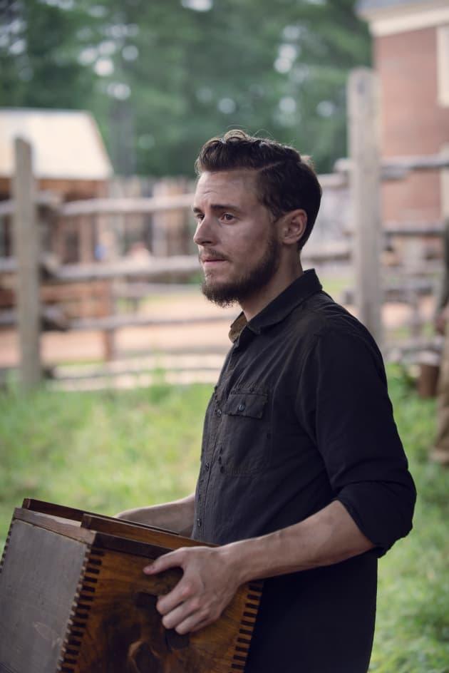 New Do - The Walking Dead Season 9 Episode 8
