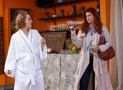 Watch The Mysteries of Laura Season 1 Episode 8 Online