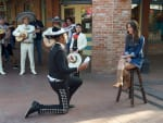 Kaitlyn Gets a Serenade - The Bachelorette