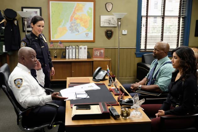 Calling in Reinforcements  - Brooklyn Nine-Nine Season 6 Episode 10