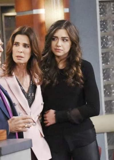 Ciara and Hope Wait - Days of Our Lives