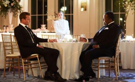 Mending Fences - Suits Season 8 Episode 1
