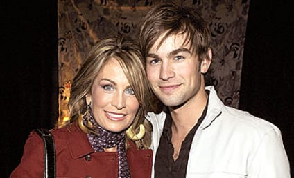 Chace Crawford Poses with... His Mother!