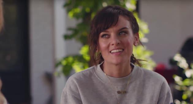 Bridgette Smiles - SMILF Season 1 Episode 5