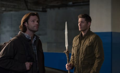 Lookig For Weapons - Supernatural