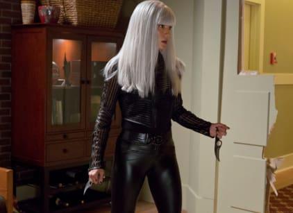 Watch Arrow Season 1 Episode 2 Online