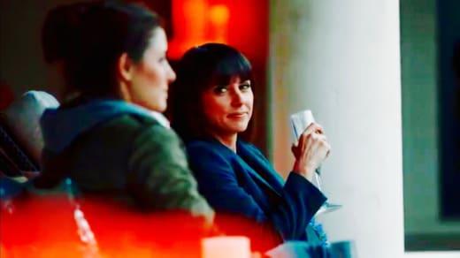 Quinn tells Rachel she's a star - UnREAL Season 3 Episode 10