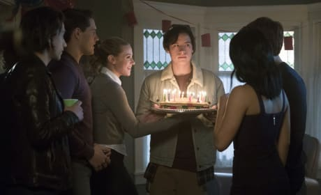 Blow Out The Candles - Riverdale Season 1 Episode 10
