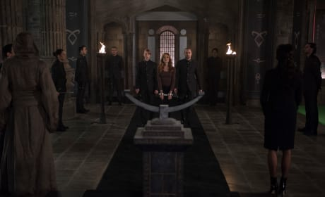 Judgment - Shadowhunters Season 3 Episode 8