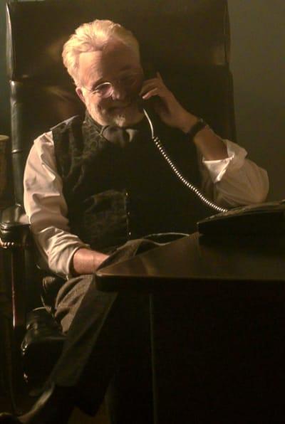 Commander Lawrence help - The Handmaid's Tale Season 4 Episode 9