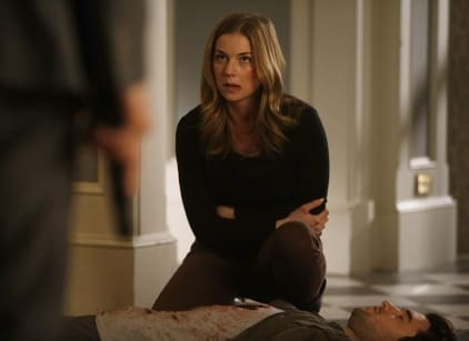 Watch Revenge Season 4 Episode 11 Online